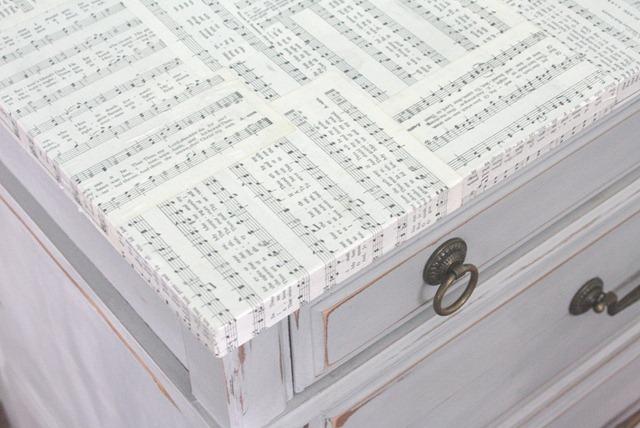 Shabby sheet music desk
