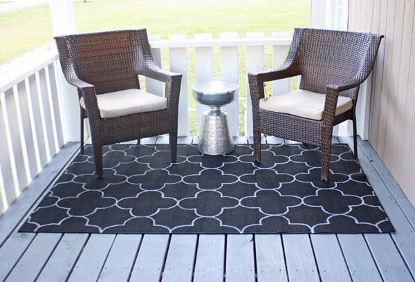 Easy (and cheap!) painted outdoor rug