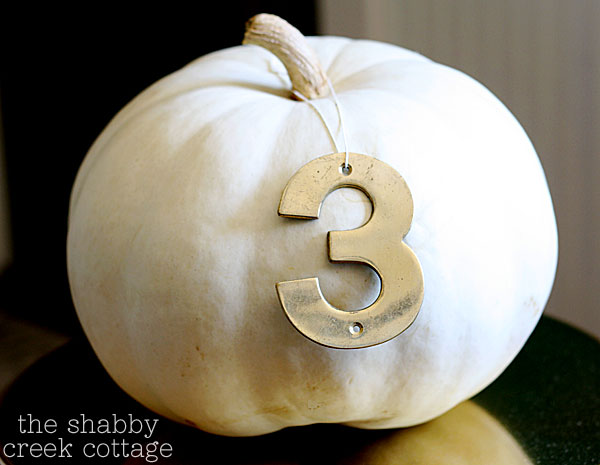 vintage-number-pumpkin