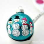 Cute-Snowman-Family-Ornament