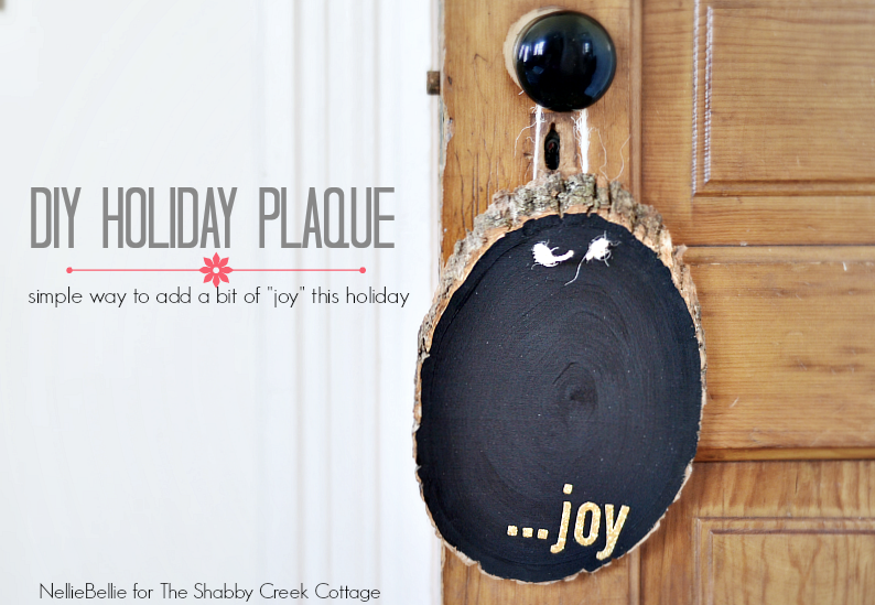 diy holiday plaque is a great idea for a handmade gift!
