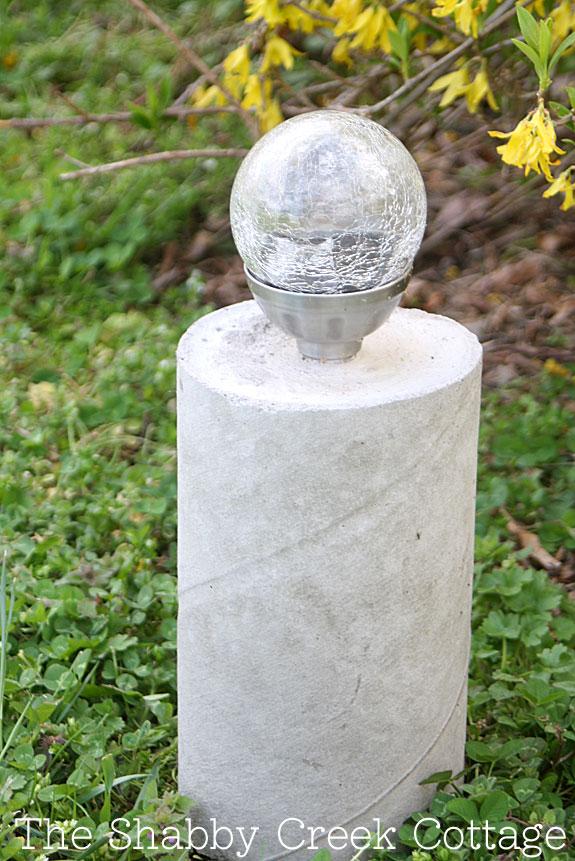 Five easy outdoor diy ideas for Diy concrete lamp