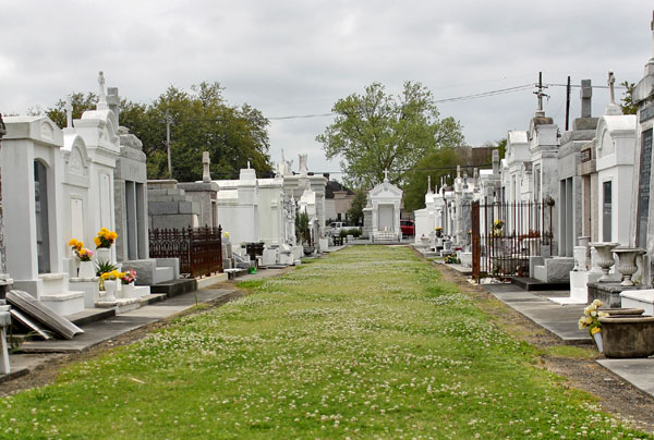 cemetery in the french quarter
