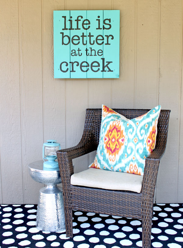 Spring Decorating Ideas: Outdoor Quote Sign