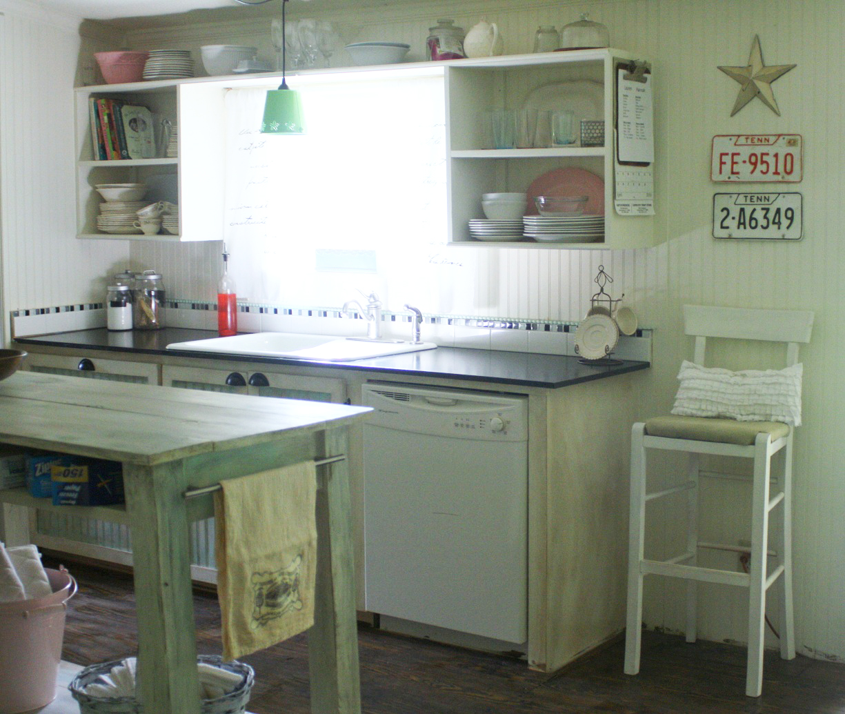 Small kitchen makeover in a mobile home for Home kitchen remodeling