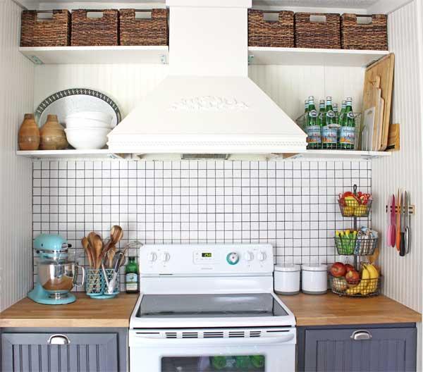 storage solution: simple open kitchen shelves