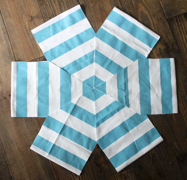 DIY floor pouf tutorial
