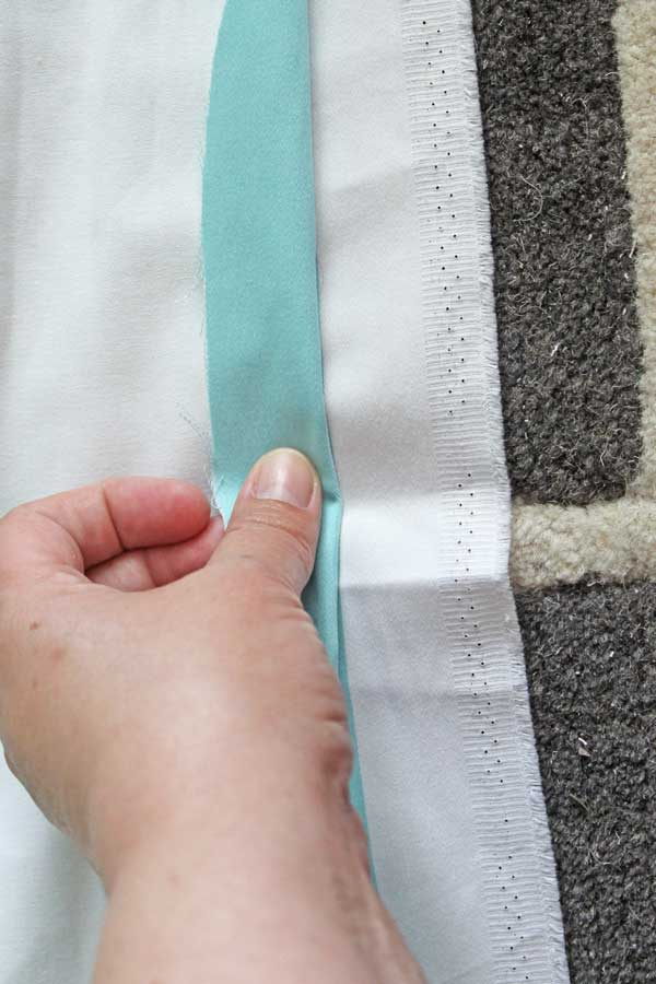 horizontal stripe curtains