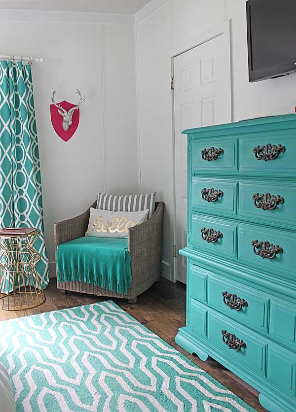 modern style master bedroom