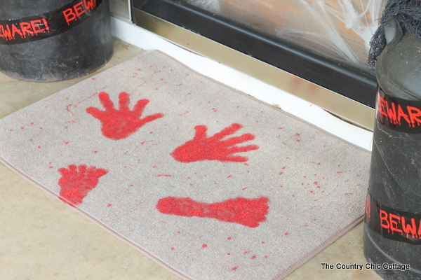Fun rug - perfect for all of my halloween porch decorating ideas