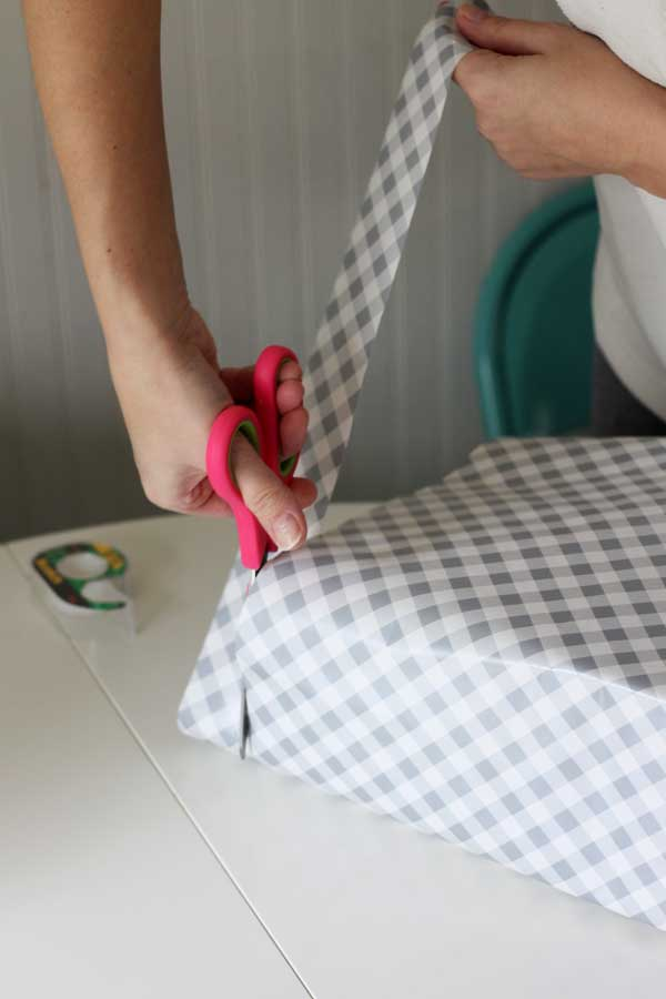 how to wrap a gift - tips from a pro