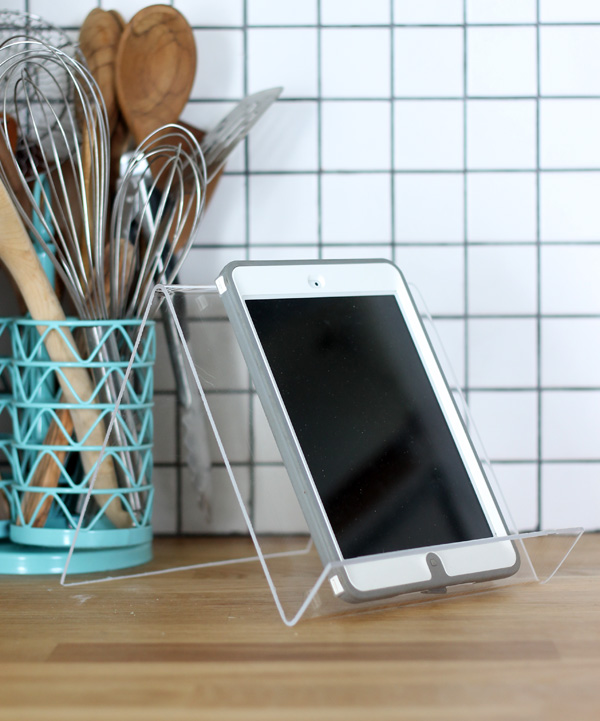 how to make an iPad stand from plexiglass