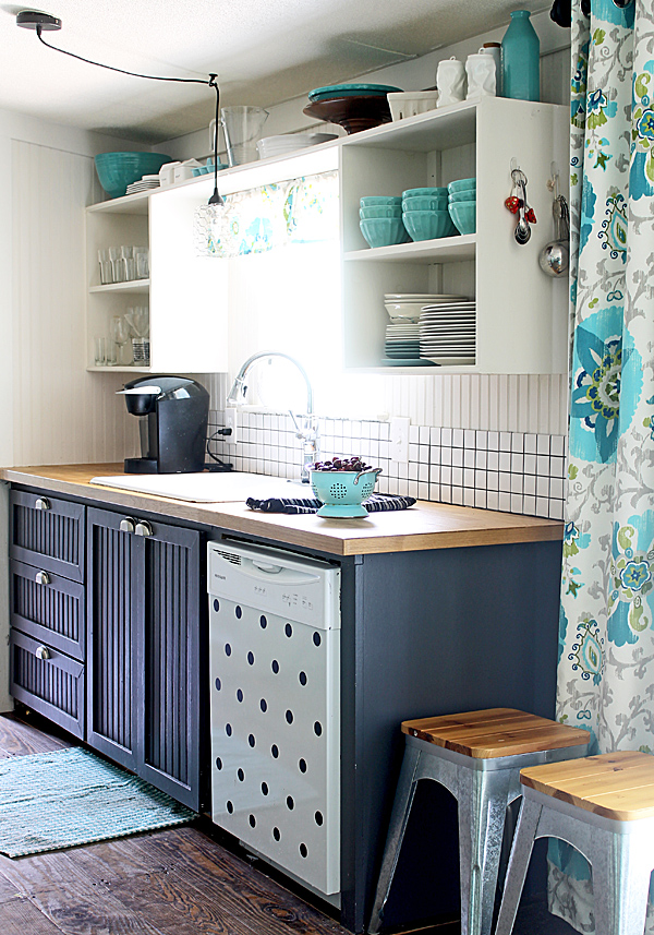Shabby Creek Cottage Kitchen