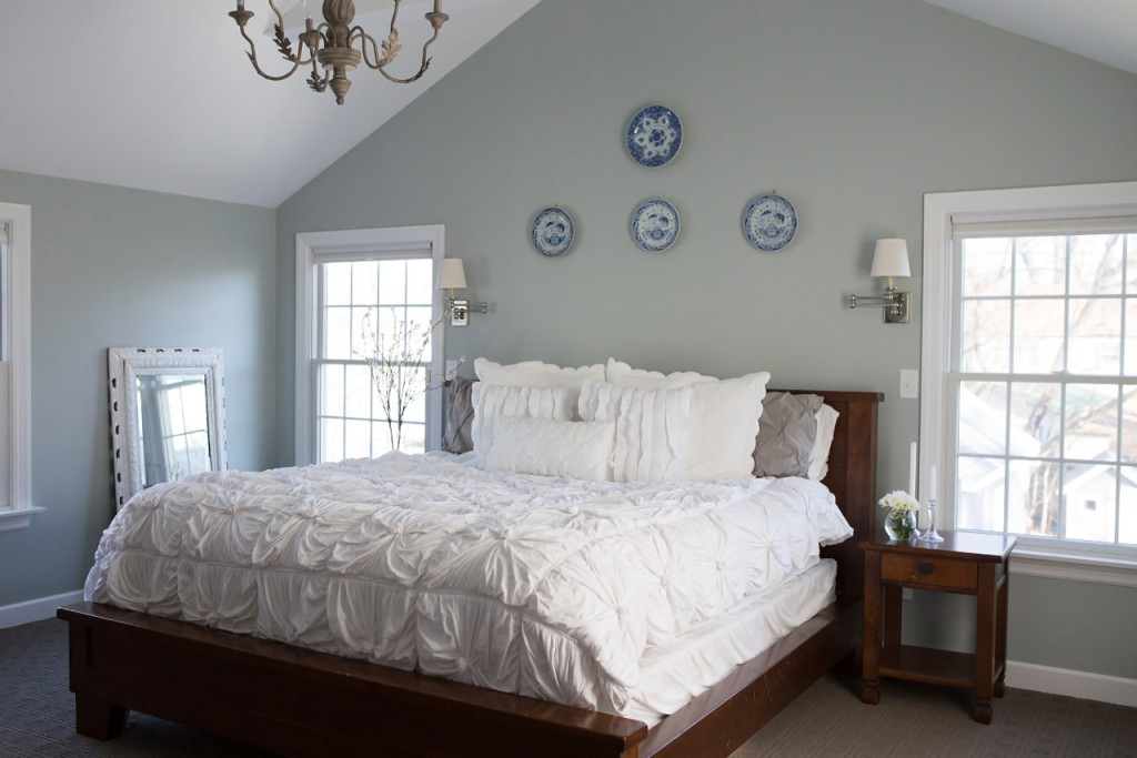 House No. 214 bedroom