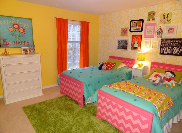 yellow girls room