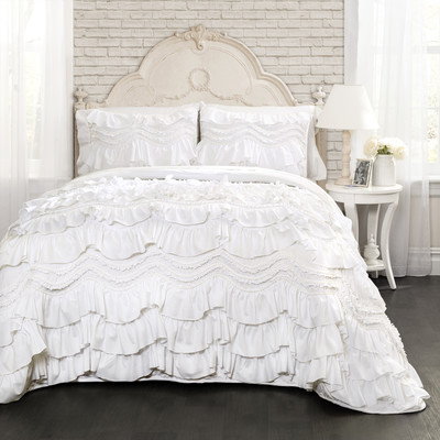 simple bed making hacks - love this bedding!