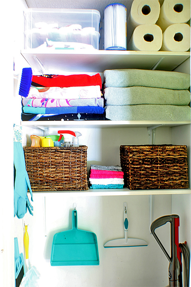 cleaning closet organizing #damagefreeDIY