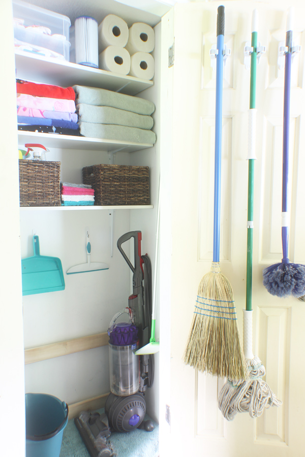 cleaning closet organizing