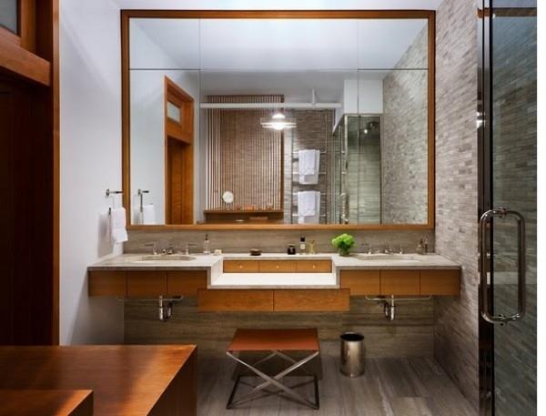 10 small space bathroom hacks