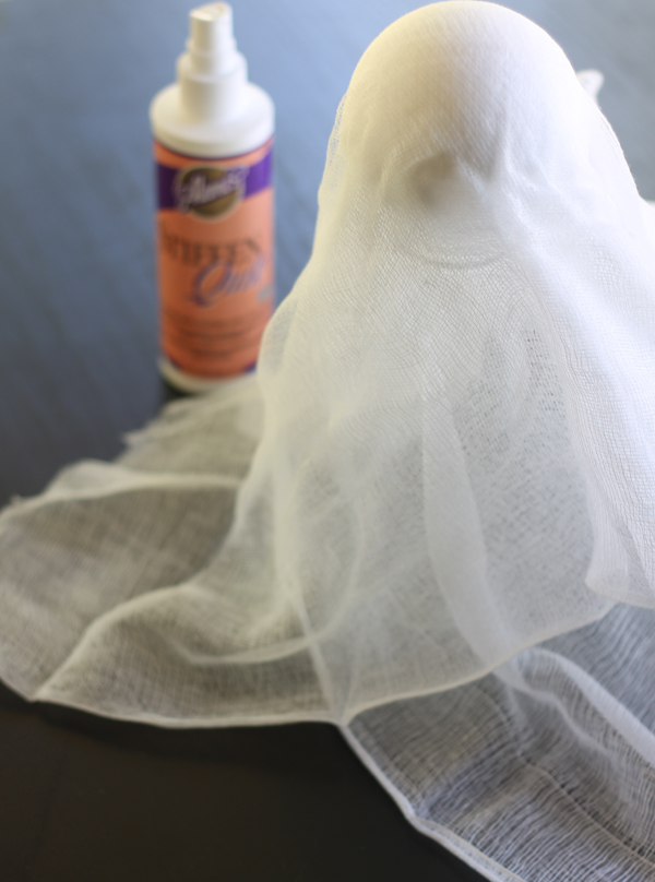 Halloween Crafts: cheesecloth ghost
