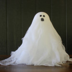 Halloween Crafts - Easy Cheesecloth Ghosts