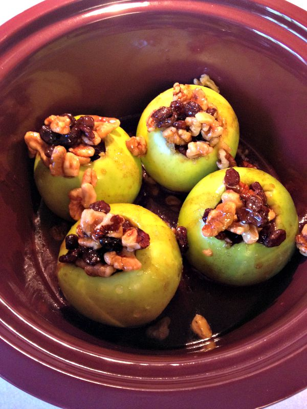 Delicious and easy Stuffed Apples- a crockpot recipe