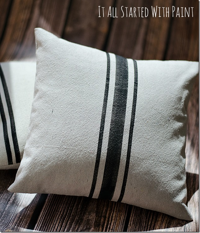 faux grainsack pillows - perfect for the farmhouse