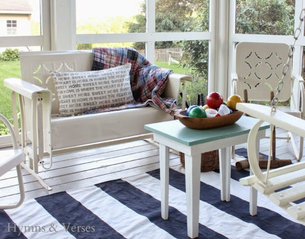 Can you believe that this rug is made from a drop cloth?!? I'm pinning this one because I can never seem to get enough drop cloth project ideas.