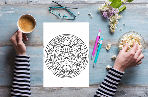 These adult coloring pages are so pretty! Free set of four pages, printing this out for this weekend.