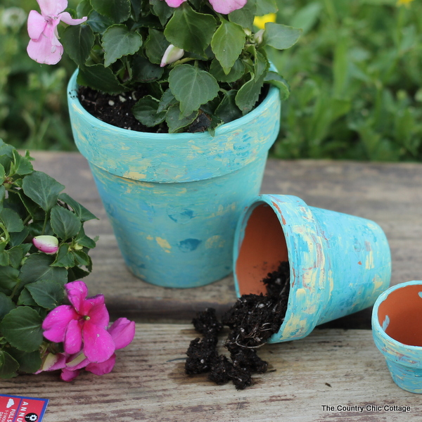 Marbled terra cotta pots - these are too cute!