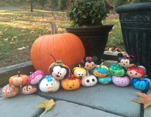 disney inspired pumpkins to celebrate your favorite film. Black Bedroom Furniture Sets. Home Design Ideas