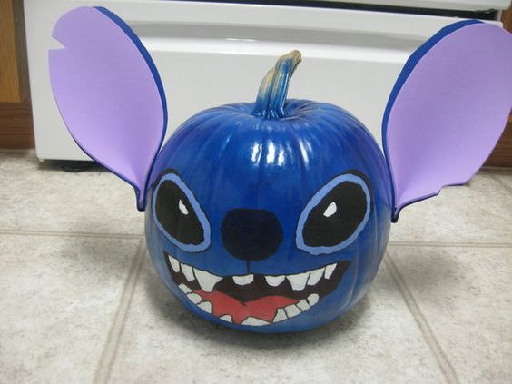 So many great disney inspired pumpkin ideas from all of my favorite movies!