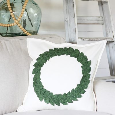 DIY No-Sew Wreath Pillow