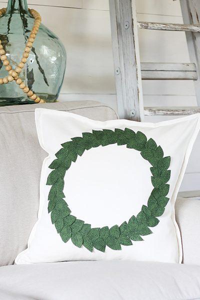 DIY No-Sew Wreath Pillow