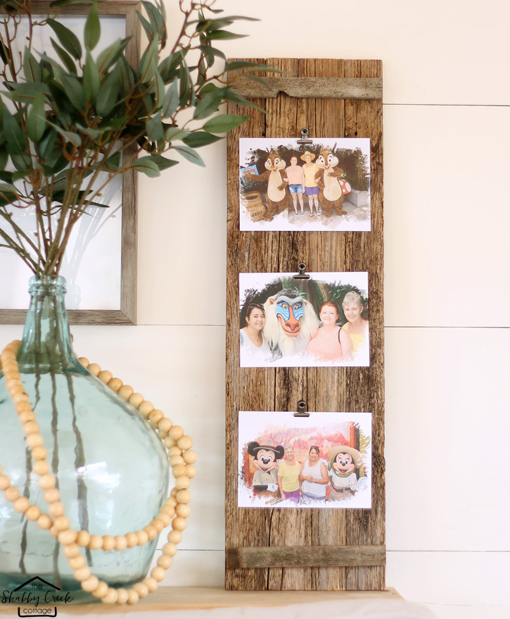 What a great gift idea - barnwood photo frame you can make for less than $10 in about 10 minutes