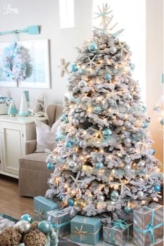 Coastal Christmas tree decorating ideas