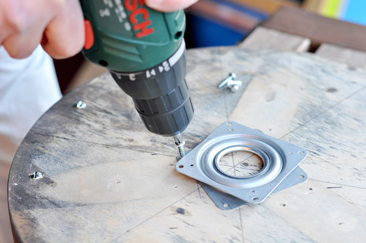 The easiest way to build your own lazy susan in under an hour!