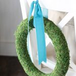 beautiful DIY moss wreath