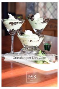 Grasshopper Dirt Cake|Designers Sweet Spot|www.designerssweetspot.com