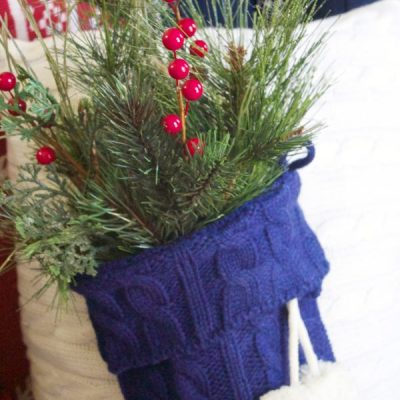 A Christmas pillow you can make in minutes