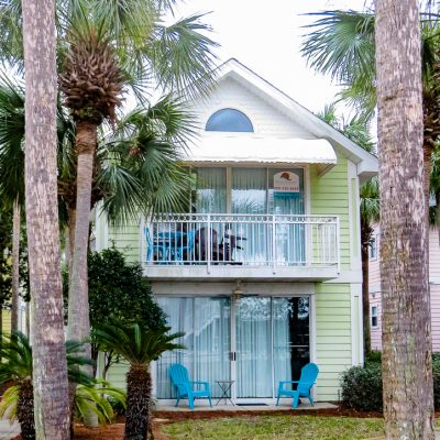 Beautiful Beach Towns on the Emerald Coast: Crystal Beach, Florida