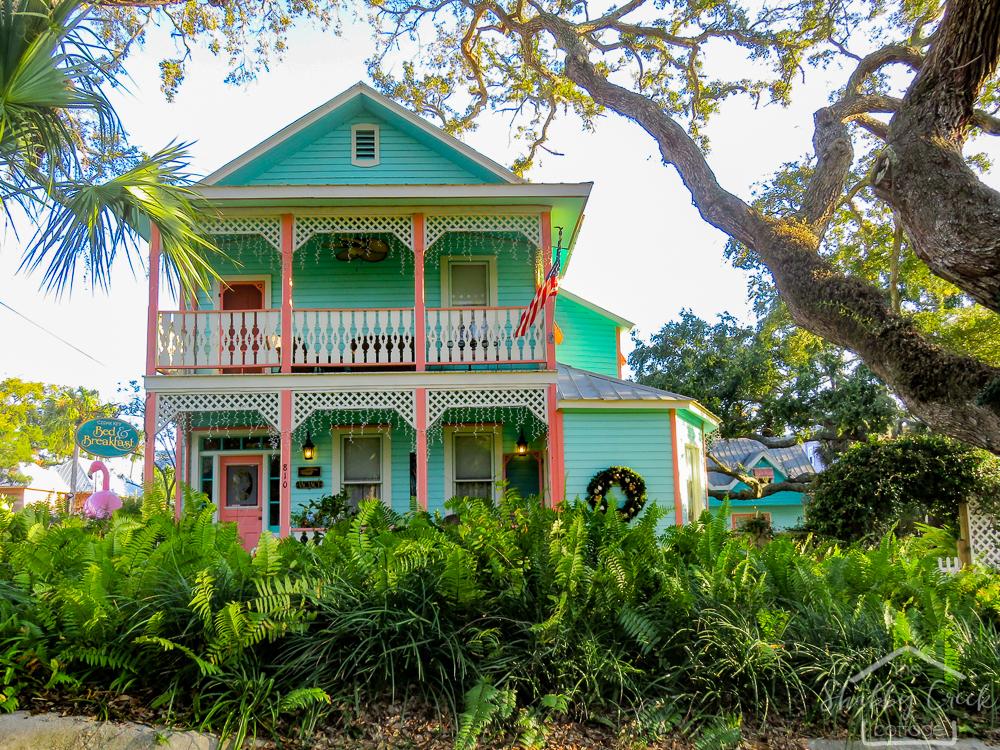 Beautiful beach towns of the emerald coast cedar key florida for Coastal towns in florida
