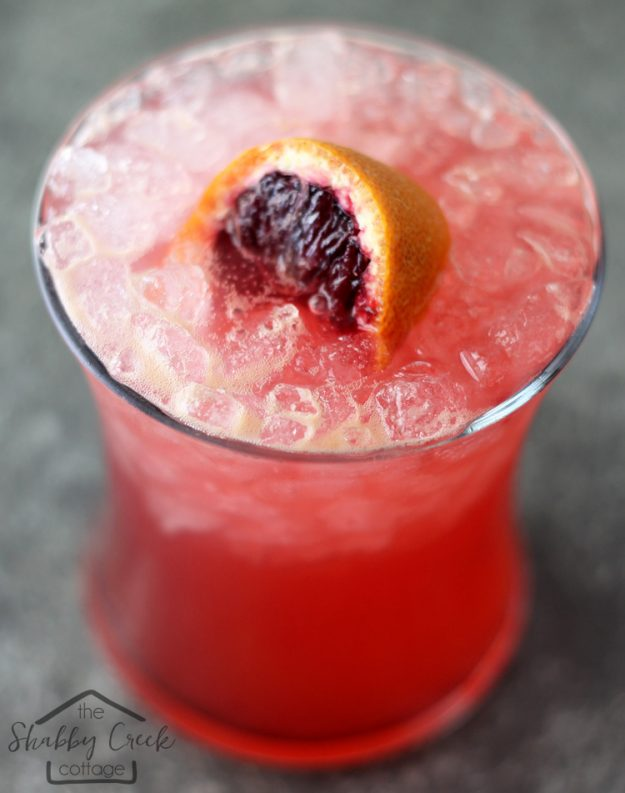 Blood Oranges Cocktail Recipe: Blood Oranges on the Beach