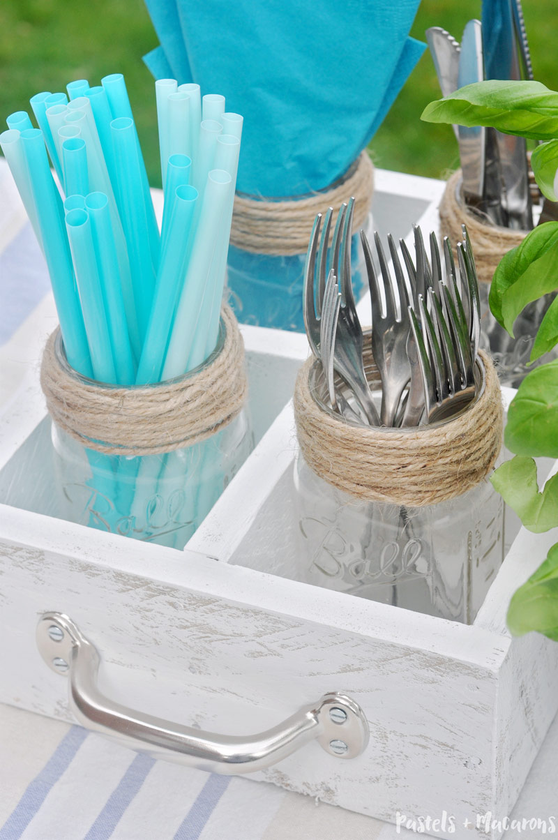 Mason Jar DIY utensil caddy you can make over the weekend