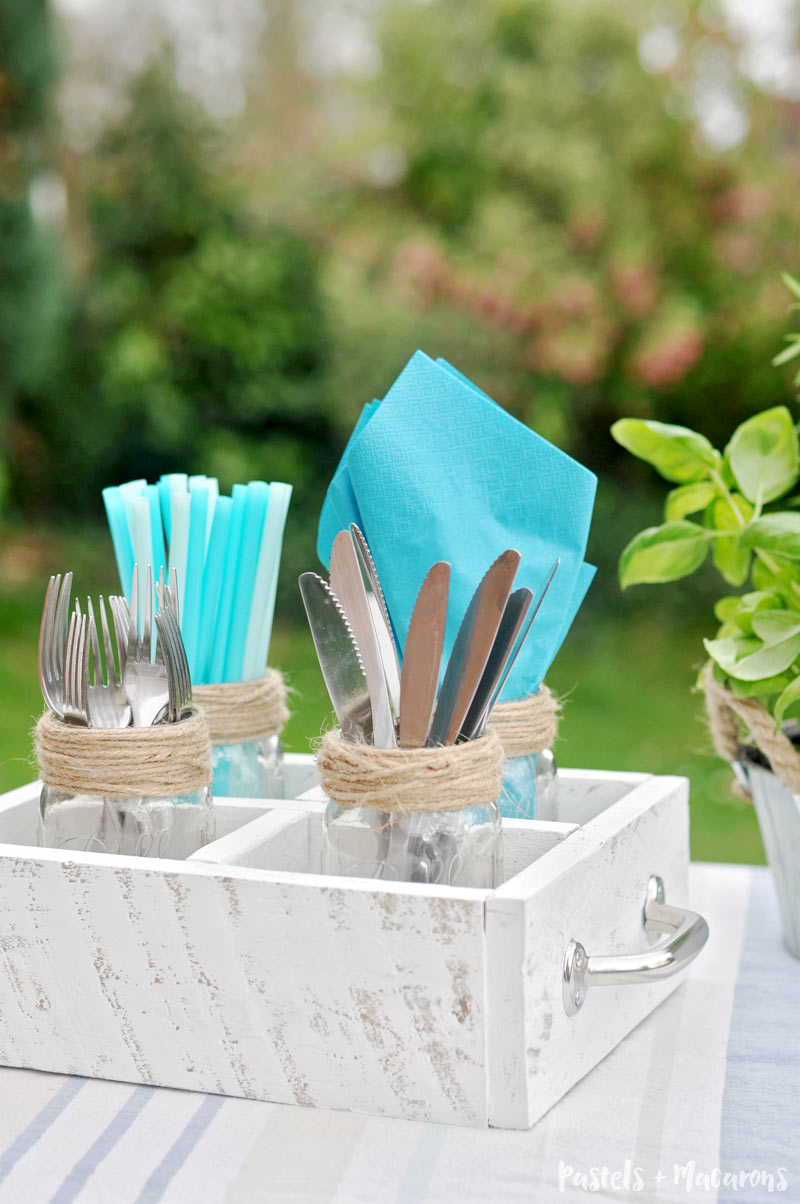 Mason Jar utensil caddy using twine perfect for entertaining