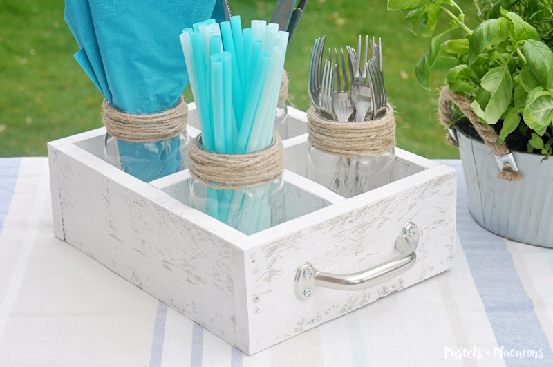 Utensil caddy you can make yourself. Easy diy caddy for summer and spring