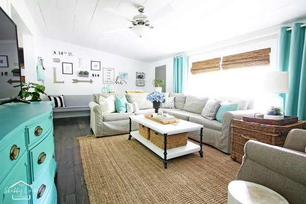 Charmant Stop Looking At Paint Chips For The Perfect White Paint Color   Do This  Instead! Our Living Room ...