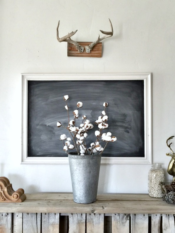 Who knew you could make farmhouse decor with items from the dollar store? BEAUTIFUL IDEAS!