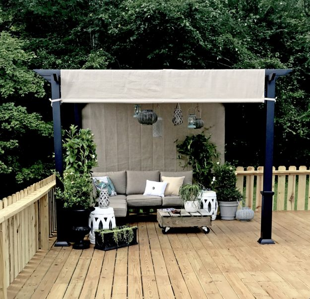 Tips For How To Decorate An Above Ground Pool Deck