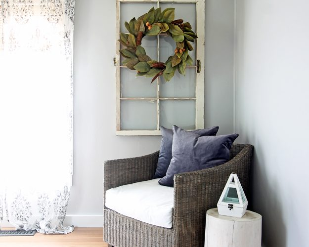 The Best Farmhouse Wreaths Under $50
